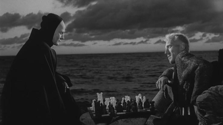 Max von Sydow in una scena tratta da Il settimo sigillo