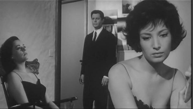 Jeanne Moreau, Marcello Mastroianni e Monica Vitti in una scena tratta da La notte