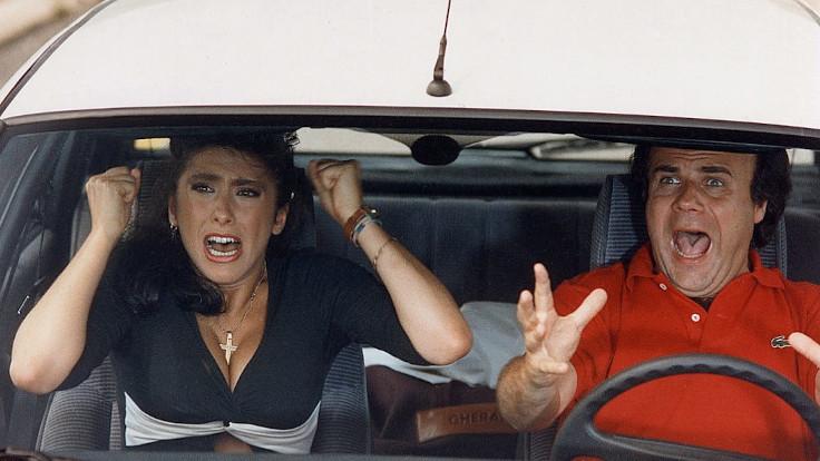 Sabrina Salerno e Jerry Calà in una scena tratta da Fratelli d'Italia