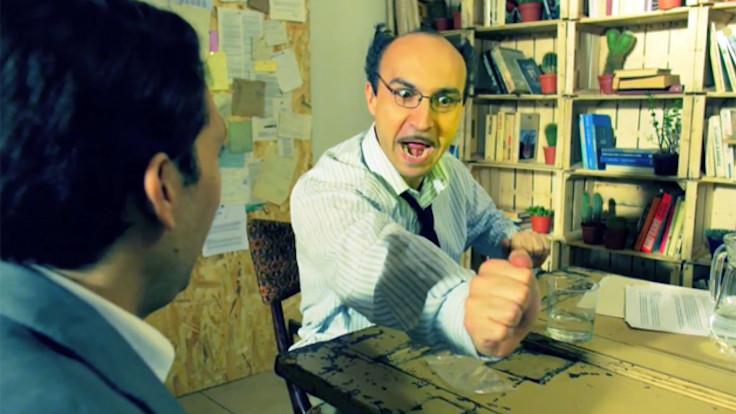 Maccio Capatonda in una scena tratta da Italiano Medio